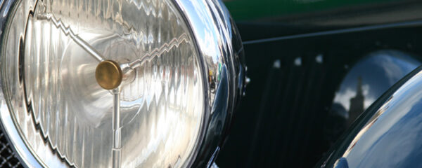 ampoules d'une voiture ancienne